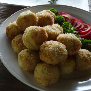 ポテトコロッケ & スティック野菜のフライ